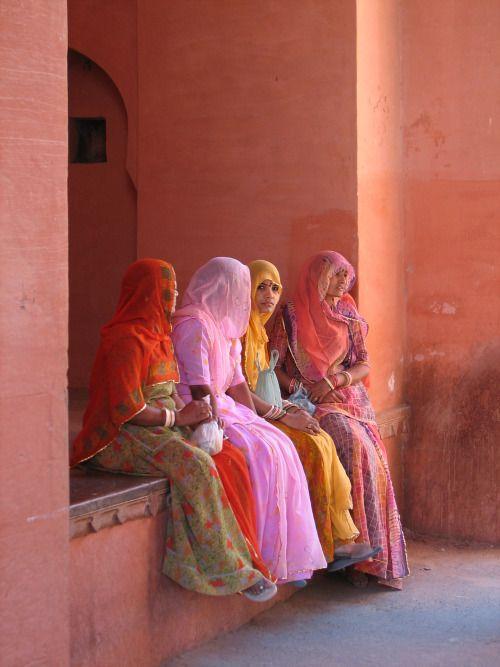 Prostitutes Junagarh