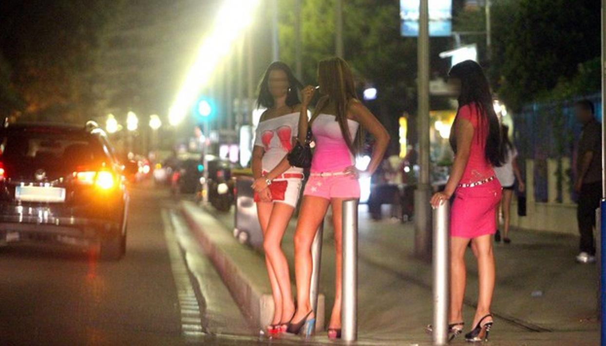 Prostitutes Azrou