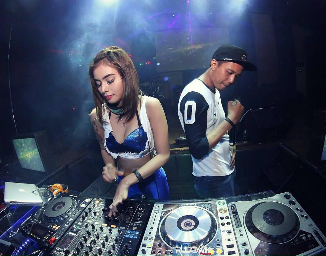 Prostitutes Makassar